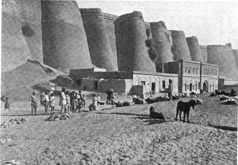 800px-Bhatinda_Fort_1906-_pg_78_-_India_under_royal_eyes-_Henry_Francis_Prevost_Battersby