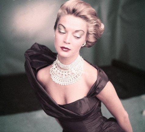 Vogue_1951_-_J_P_61205437_large